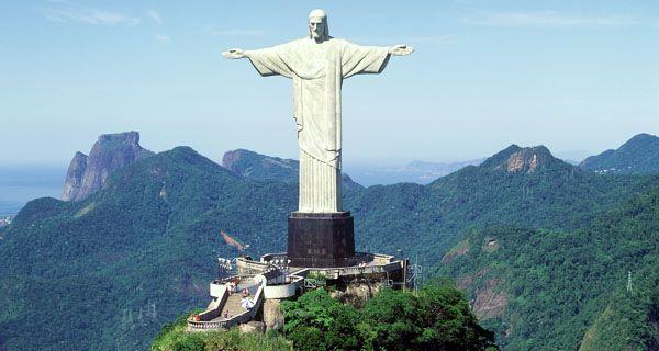 Beautiful Rio de Janeiro Corcovado & Christ the Redeemer #Brazil #Riodejaneiro http://www.dentroriodejaneiro.it/blog-rio-de-janeiro/viaggi/voli-in-offerta-per-il-brasile-sogna-con-tap-portugal.html