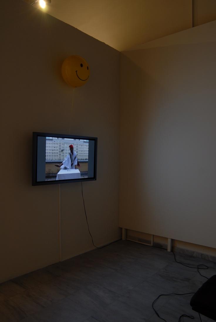 Bernhard Willhelm The Rose (Το τριαντάφυλλο), 2007 Βίντεο https://www.youtube.com/watch?v=-yF2LlaIV4U