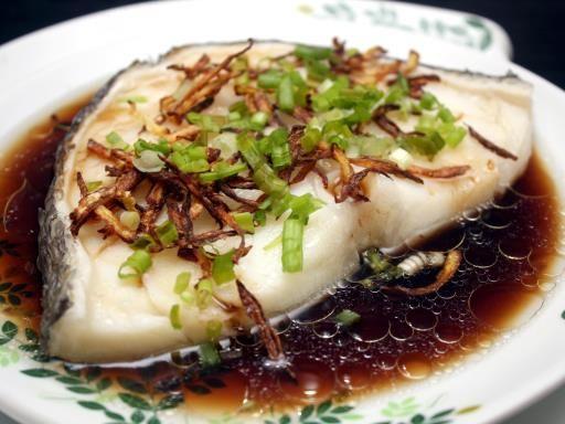 Poisson au gingembre à la vapeur (Chine) - Recette de cuisine Marmiton : une recette