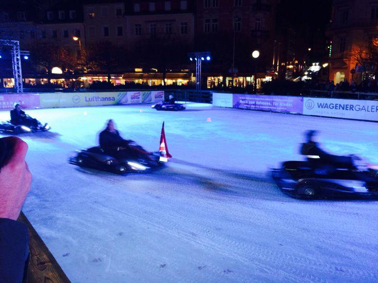 Ice Kart Rennen in Baden-Baden vor LTUR HQ