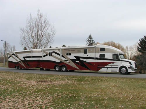 Customized Coach 18 Exterior Pictures