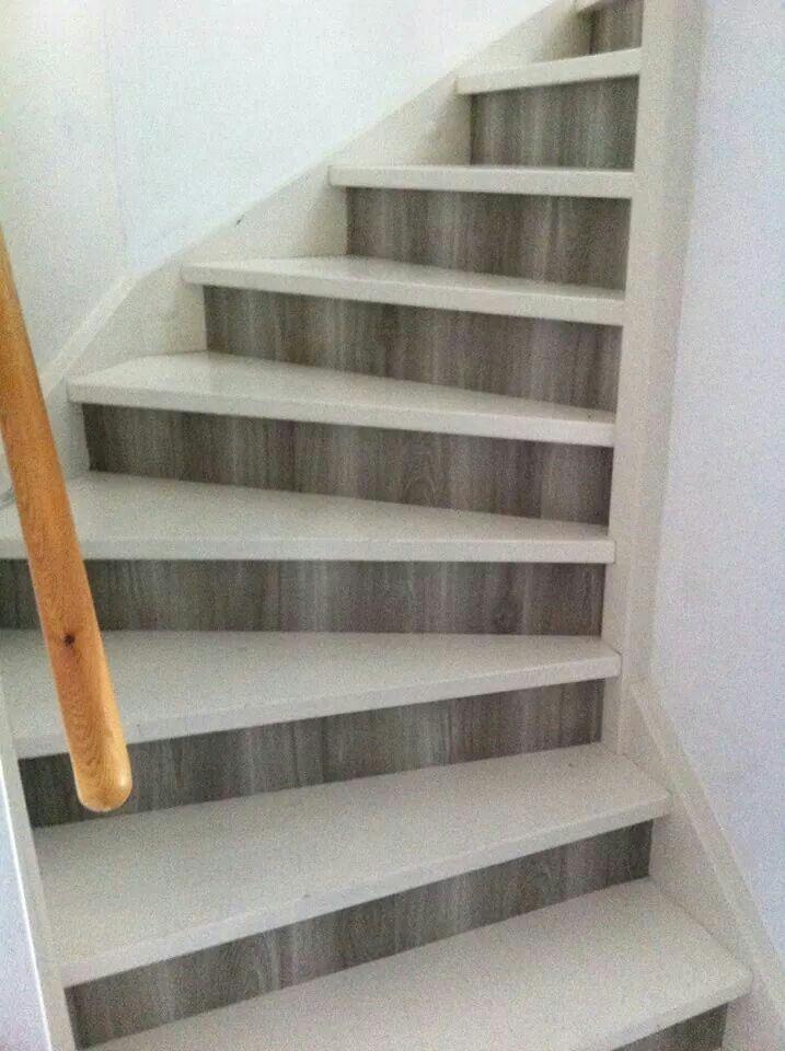 De 25 populairste idee n over behang trappen op pinterest for Plakfolie decoratie