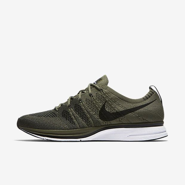 Find the Nike Flyknit Trainer Unisex Shoe at Nike.com. Free delivery and  returns