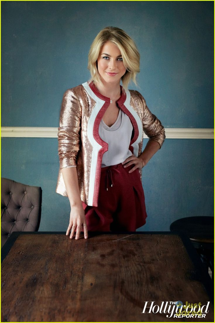 julianne hough- one of the hottest above the shoulder hair cuts this season. Check out julianne's hair in Safe Haven
