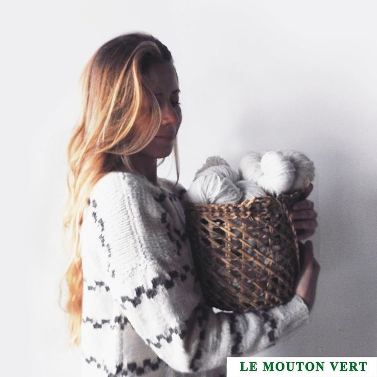 """""""Volver a sentir, volver a realizar, volver a lo simple y natural""""  Le Mouton Vert / @lemoutonvert  100% organic Merino Wool 🐑From Patagonia, Chile ➖+Info: contact@lemoutonvert.org Shop Online 🌎: www.lemoutonvert.org //"""