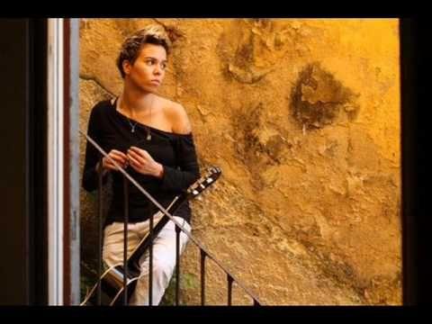 ▶ Ne Me Quitte Pas - Maria Gadu - YouTube