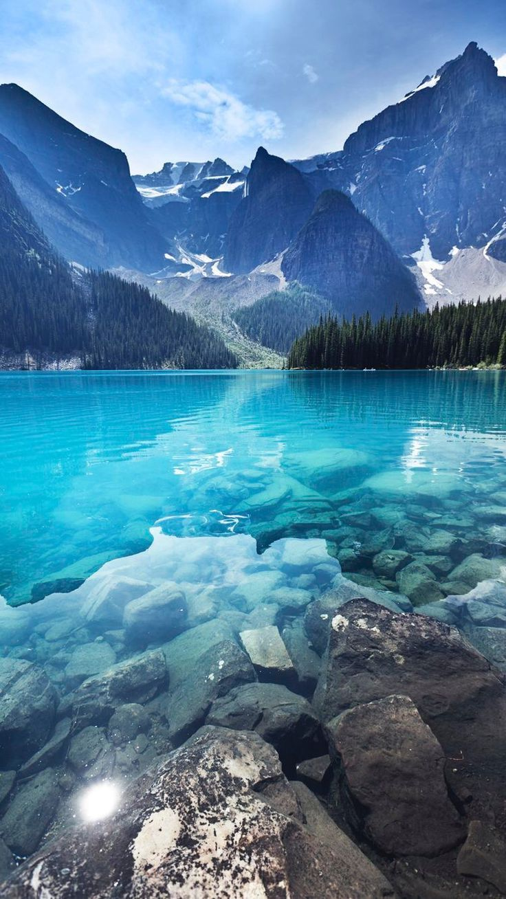 Lake Moraine, Banff National Park Emerald Water Landscape, Alberta, Canada - One of the most beautiful places on this earth! Landscape Photography, Nature Photography, Travel Photography, Digital Photography, Photography Tricks, Banff Photography, Creative Photography, Lago Moraine, Beautiful World