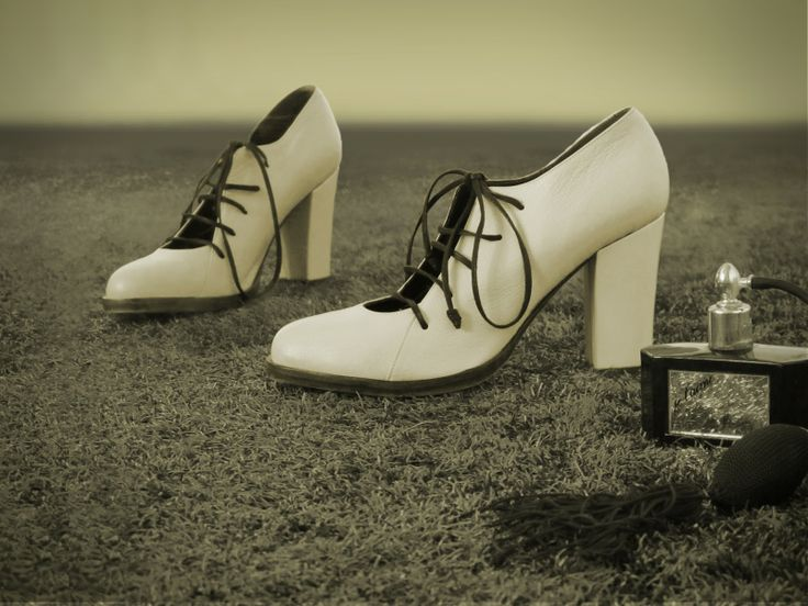 Preston Zly High Lace up in Ivory