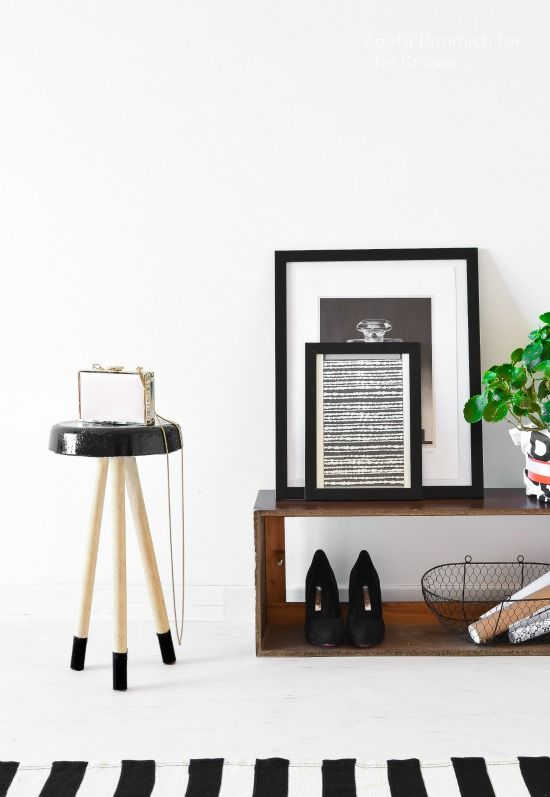 Passion Shake | DIY Concrete stool | black and white / black stool / scandinavian style http://passionshake.com
