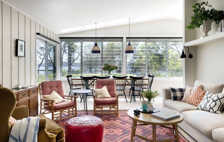 Pearl Beach by Brett Mickan Interior Design | HomeAdore