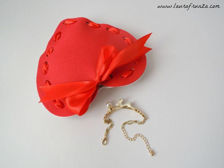 Foam heart box with ribbon
