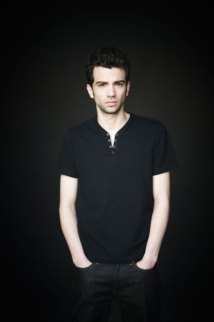 Jay Baruchel to Produce Semi-Autobiographical Comedy at ABC