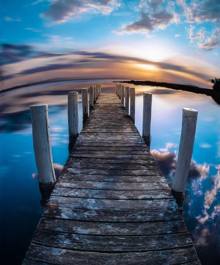 Jetty in Jervis Bay, NSW, Australia www.hirecarsydneyairport.com