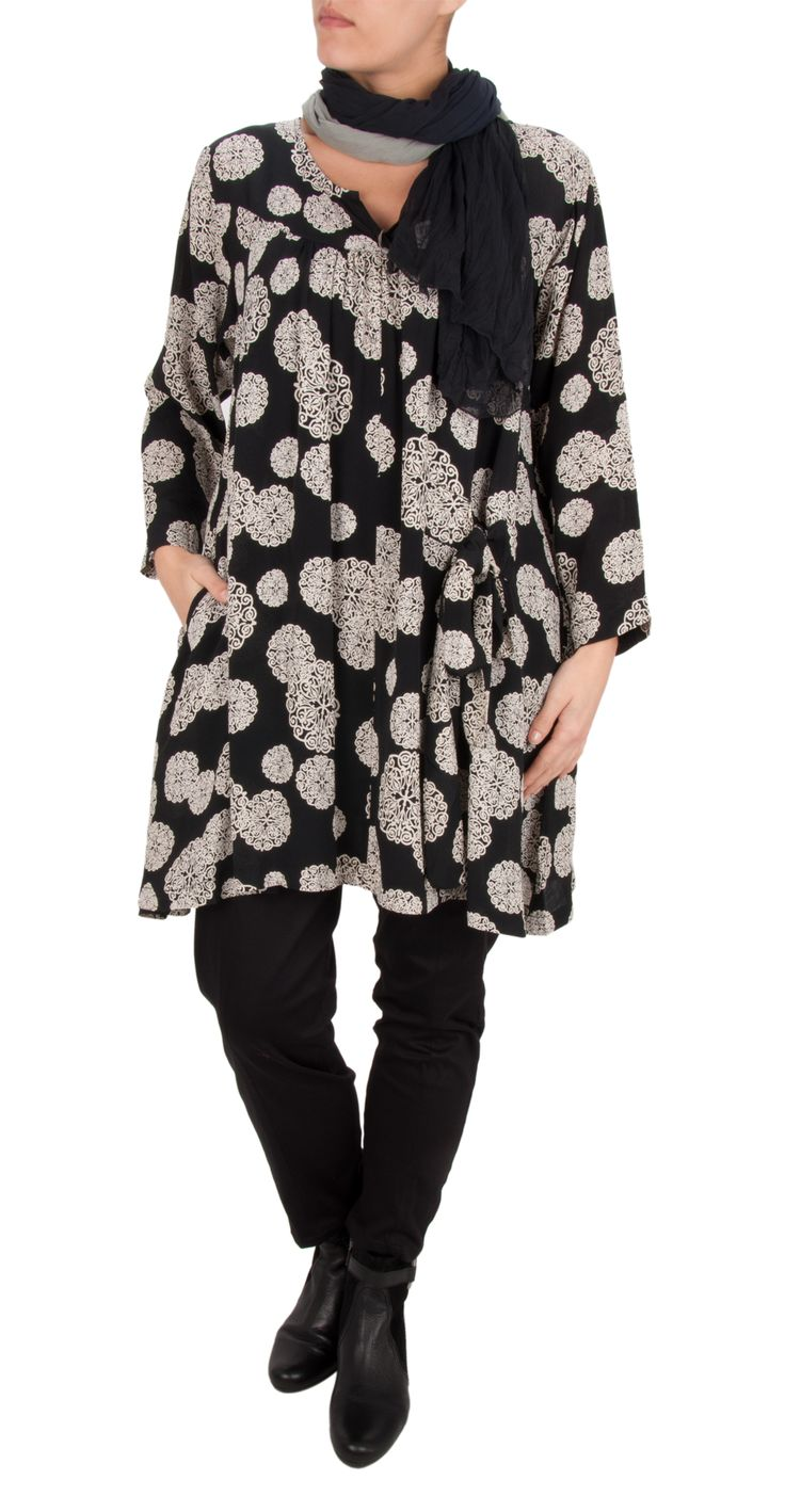 Gerdur A-Shaped Tunic > http://www.gemini-woman.co.uk/item/Masai-Clothing/Gerdur-A-Shaped-Tunic/90LG  Paise Culotte > http://www.gemini-woman.co.uk/item/Masai-Clothing/Paise-Culotte/90BX  Sandwich Two Tone Scarf > http://www.gemini-woman.co.uk/item/Sandwich-Clothing/Two-Tone-Scarf/8Z7Y