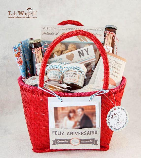 Picnic de aniversario, regalo único http://lolawonderful.blogspot.com.es/2013/09/picnic-de-aniversario-regalo-unico.html