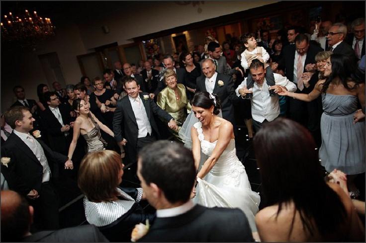 Packed dance floor at Botleys Mansion! / nealejames.com