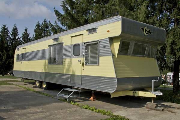 123 Best Mobile Homes Images On Pinterest Vintage Trailers Mobile Home And Vintage Campers