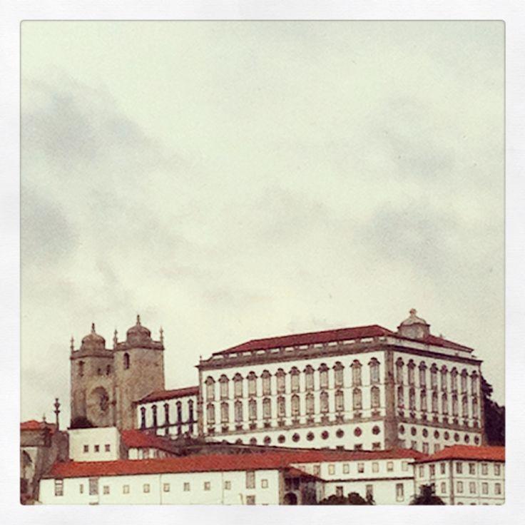 Catedral e Paço Episcopal do Porto, Portugal