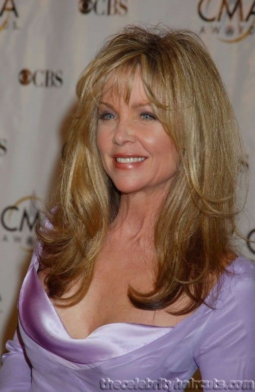 how old is lisa hartman black