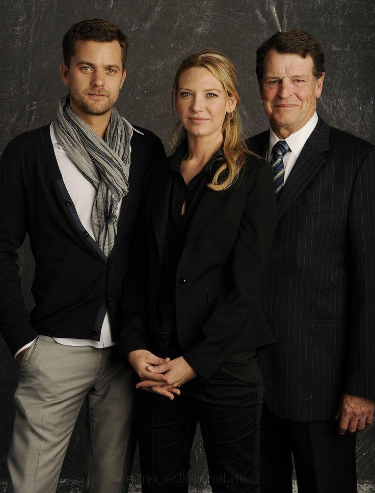 Joshua Jackson, Anna Torv and john Noble