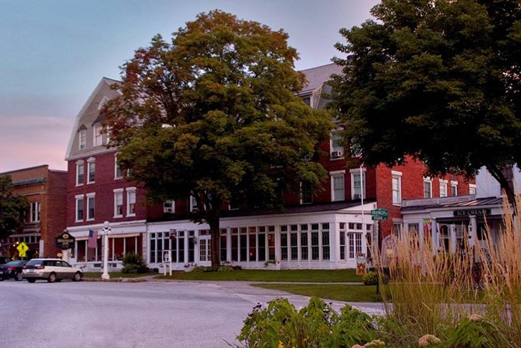 Classic Vermont Country Inn for Sale with 39 guestrooms, capacious owner's quarters and an idyllic village setting. #innforsale #vermont