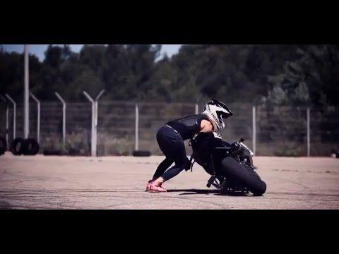 Sexy Girl Moto Show