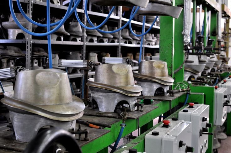 FINAEST.COM has chosen PANIZZA because is one of the top traditional Italian brands in hats manufacturing. The Panizza's hats are a rarity for real hats lovers and this small craftsman firm distinguished itself for it's high productive quality and its valuable material.  Available at http://finaest.com/designers/panizza-1879