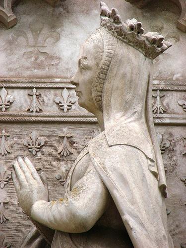 Anne de Bretagne en prière sur la chapelle royale d'Amboise