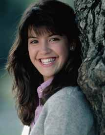 Phoebe Cates Age, Height, Weight, Net Worth, Measurements