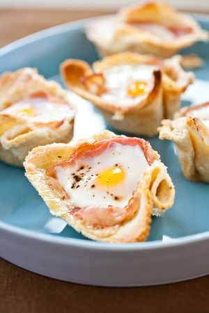 The Bitten Word: Breakfast Buttercups