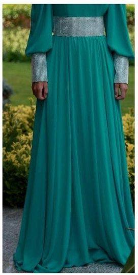 Long dress in green...la la love!