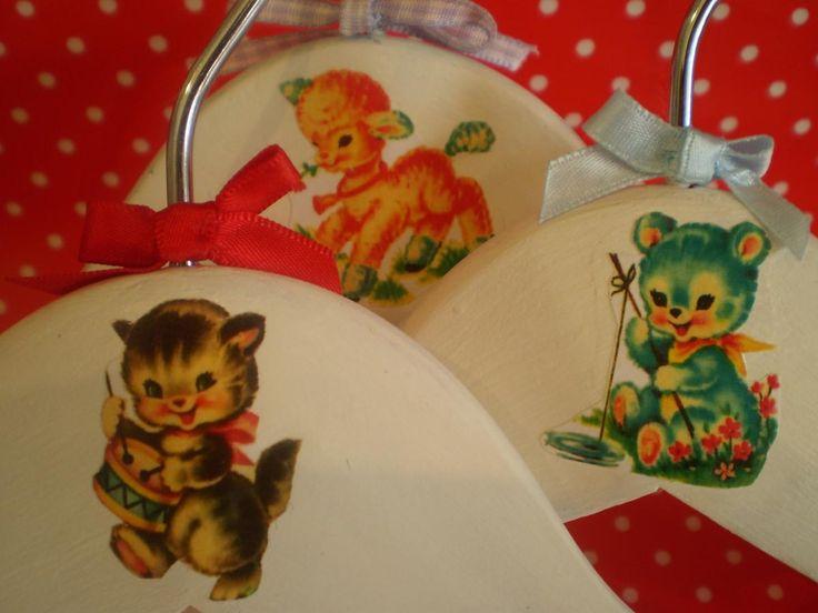 Vintage Style children's hangers set of 3. Sweet,