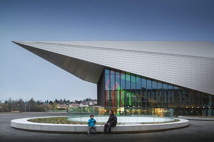 Centro de Convenções da SwissTech + Residência Estudantil,© Fernando Guerra | FG + SG