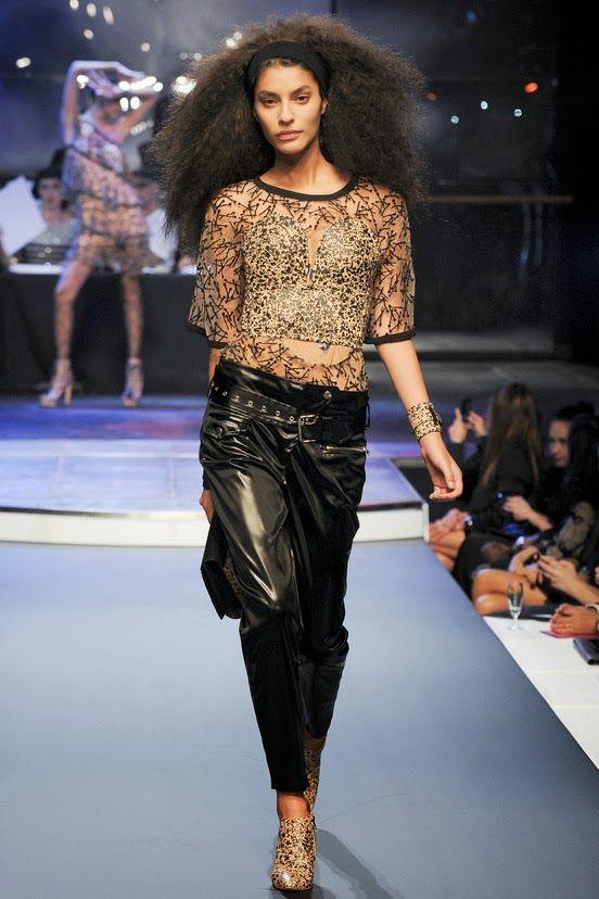 JEAN PAUL GAULTIER - LE DÉFILÉ PRINTEMPS-ÉTÉ 2014 – FASHION WEEK DE PARIS. http://fashionblogofmedoki.blogspot.be/