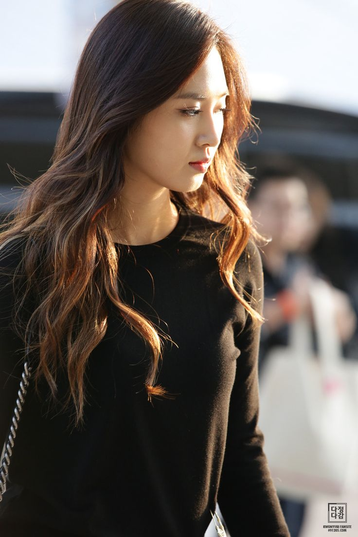 Yuri kwon snsd rose 21cum legs 2