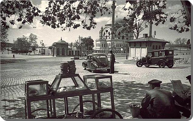 Dolmabahçe Meydanı - 1940'lar