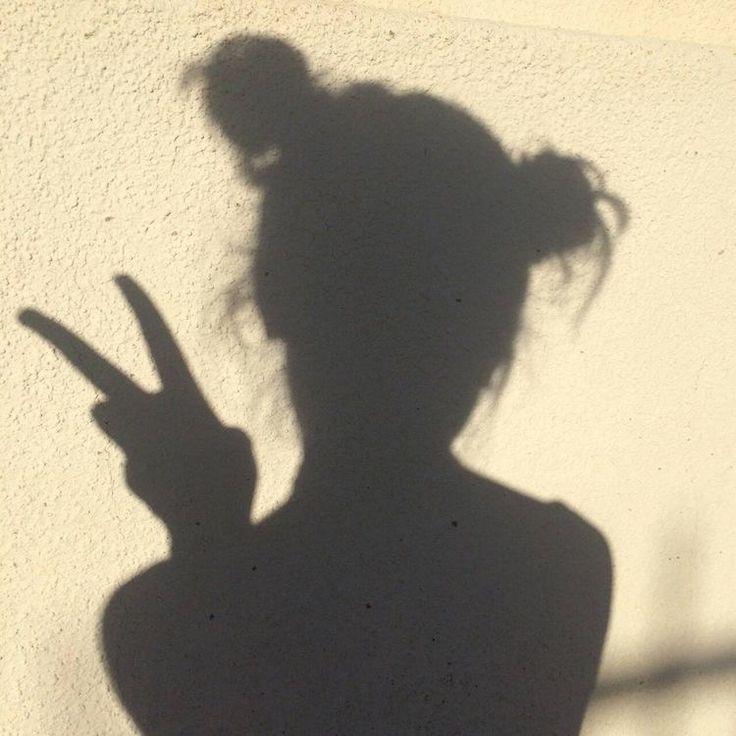 возвращению женская тень картинка связи печальными событиями