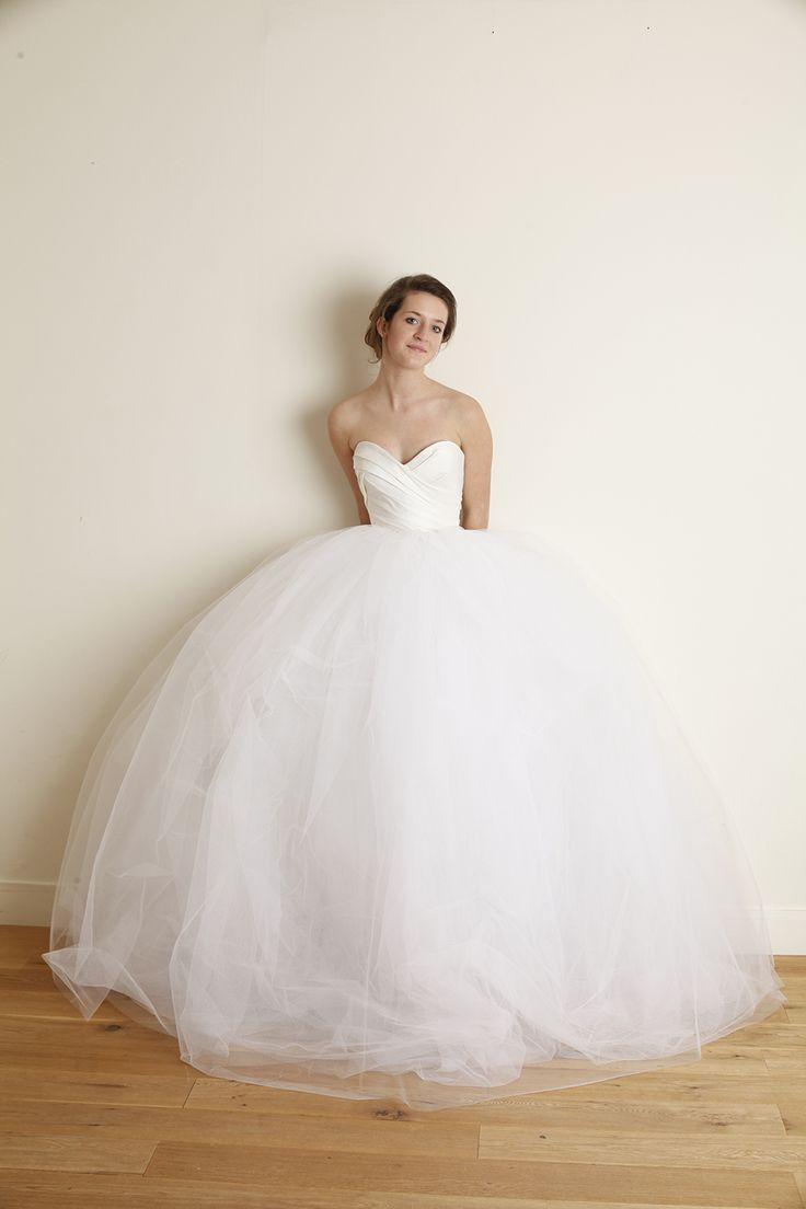 idées sur le thème Robes De Mariage Corset sur Pinterest  Robes De ...