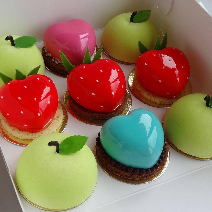 """413 Likes, 8 Comments - Ольга (@olga_leshkova) on Instagram: """"Вот такой фруктово-ягодный набор получился на день рождения. Всем сладкого вечера и хорошего…"""""""