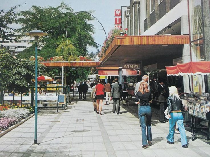 Rotterdam - Lijnbaan, Wimpy (soort van Mc.Donalds, maar dan voor dat die in Rotterdam was ).