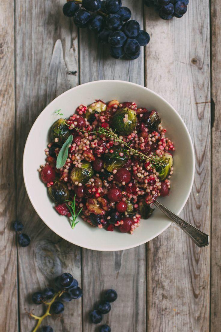 pilaf de sorgo con coles de bruselas, arándanos y uvas asadas #foodtomeetyou