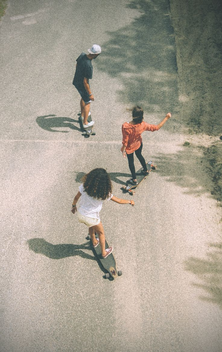 Cruising with friends is the best way to spend the day!
