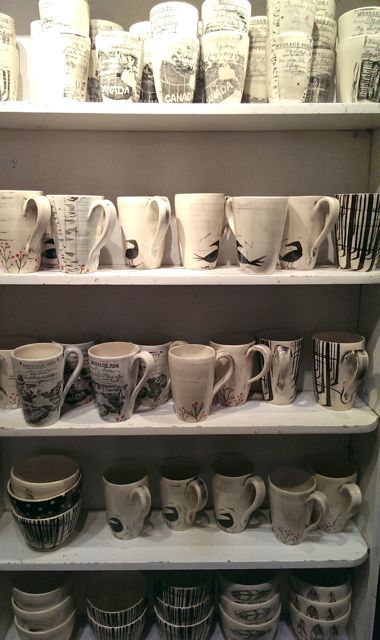 Ceramics from Blackbird Pottery. Spotted at the #OOAK Christmas Show, Toronto 2013. http://www.blackbirdpottery.ca/
