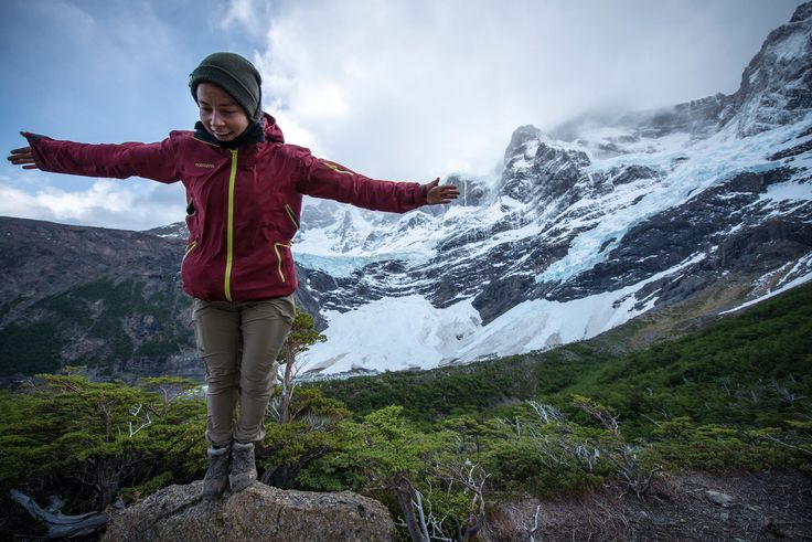 On top of the world. #chile#torresdelpaine#adventuretravel #travel #adventure #travelling #traveller #southamerica #trek #trekking #travelchile #travellife #worldtravel #discoverchile #patagonia