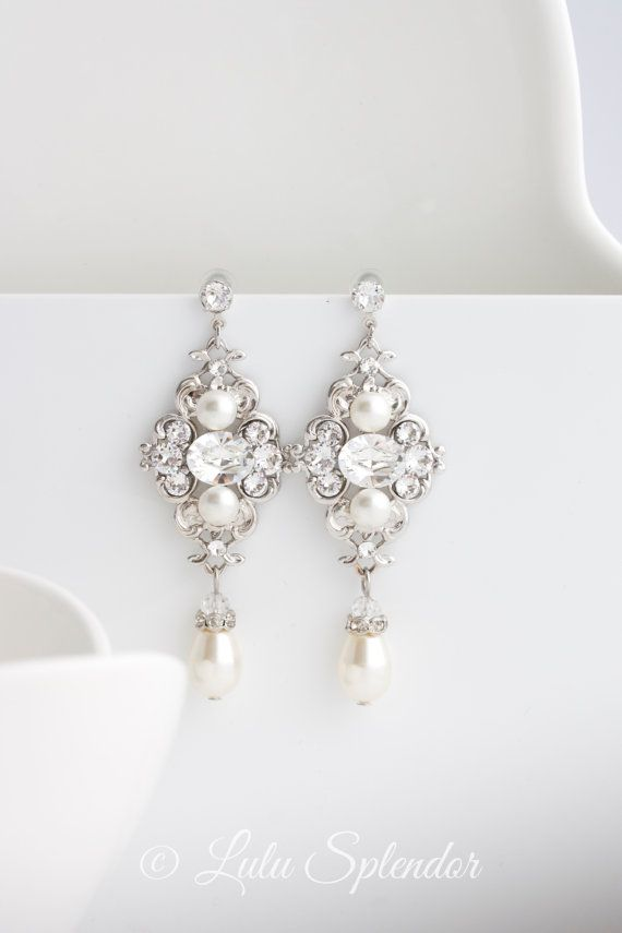 Bridal Earrings Ivory pearl Earrings Swarovski by LuluSplendor
