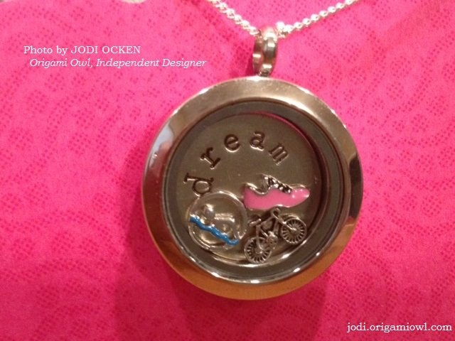 Customized Lockets - this one is for the triathlete!Custom Lockets, Fit Inspiration, Gonna Happen, Lockets Inspiration