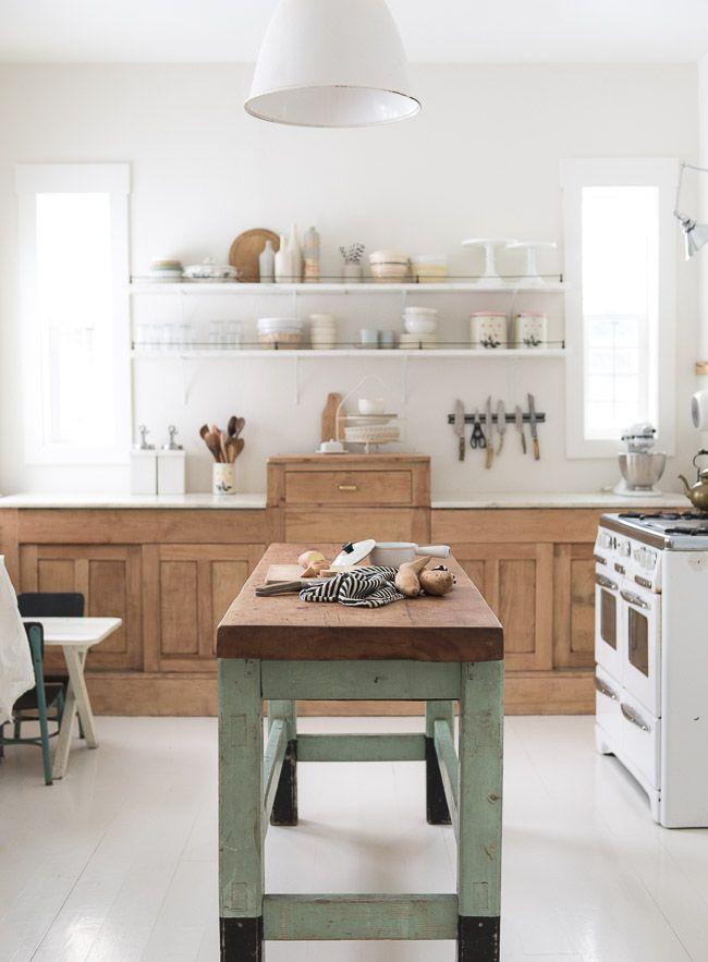 vintage farmhouse kitchen ideas 624 best vintage whites blog images on pinterest farmhouse style