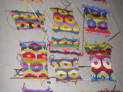 Kaffe Coat Project: Kaffe Fassett comes to town! a brilliant blog about being taught how to knit the Persian Poppy design
