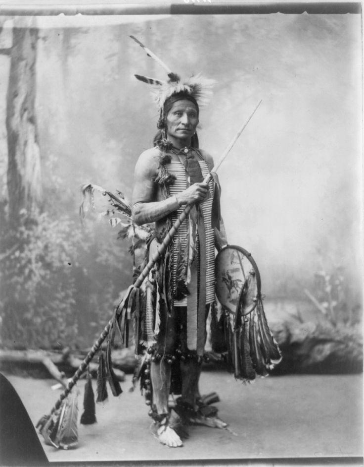 Little Horse, Oglala Sioux - Heyn Photo - 1899/1900 (photo # 4)