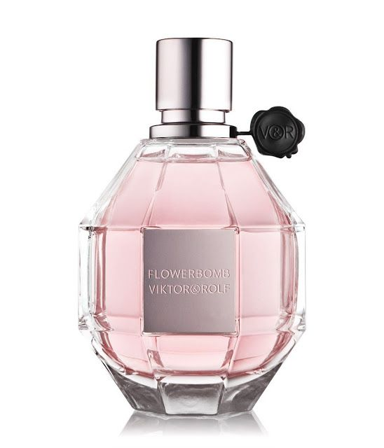 Viktor&Rolf Flowerbomb - Scented Review
